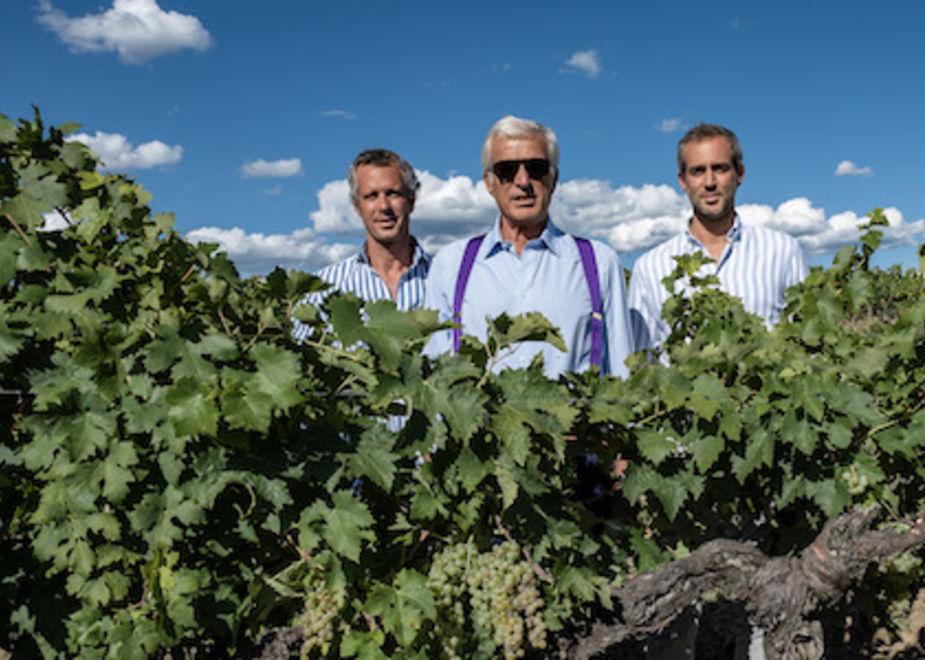 Il mondo vino della famiglia Moretti Cuseri in Toscana e Sicilia