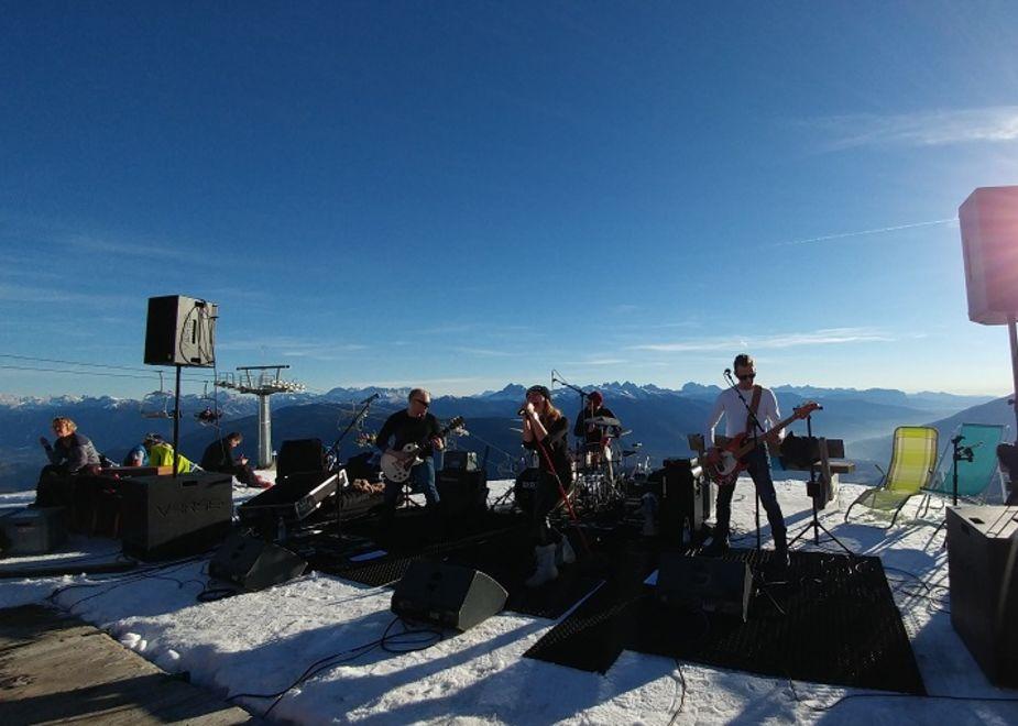 Neve e musica rock nell'area vacanze sci & malghe Rio Pusteria