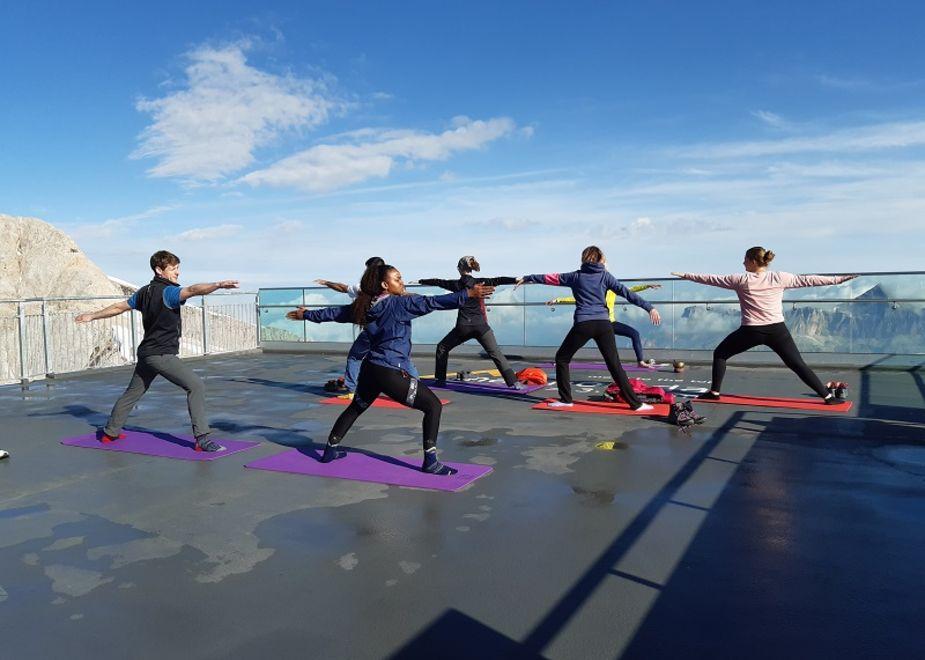 Yoga ad alta quota con Tofana - Freccia nel Cielo e Marmolada - Move To The Top